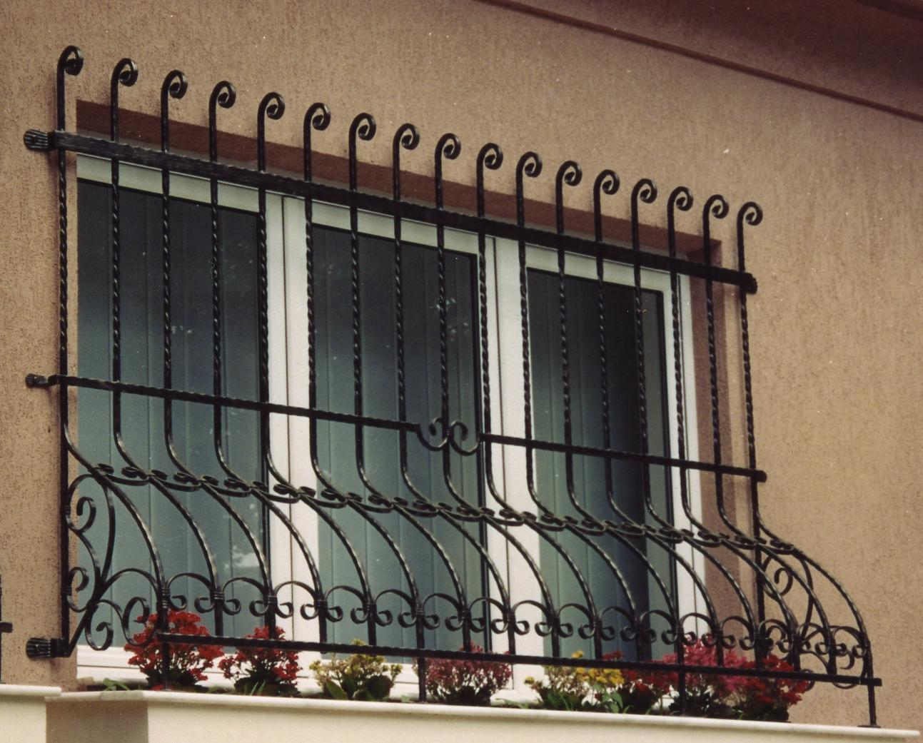 Iron design window grilles iron steel for Window grills design pictures