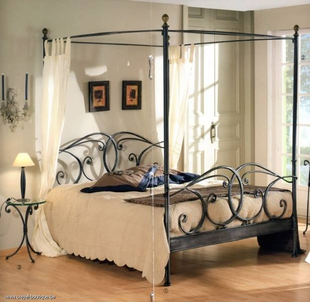 iron design paturi fier forjat. Black Bedroom Furniture Sets. Home Design Ideas